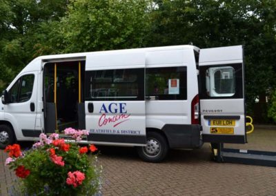 minibus at oaklands 1